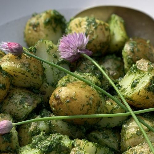 Simple herby potato