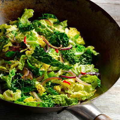 Stir Fried Savoy Cabbage Blas Y Tir